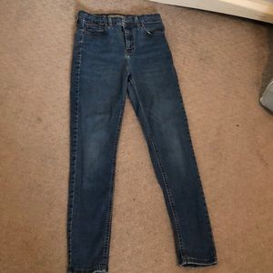 "Top shop  ""Jamie"" jeans. Size 28W 30L."
